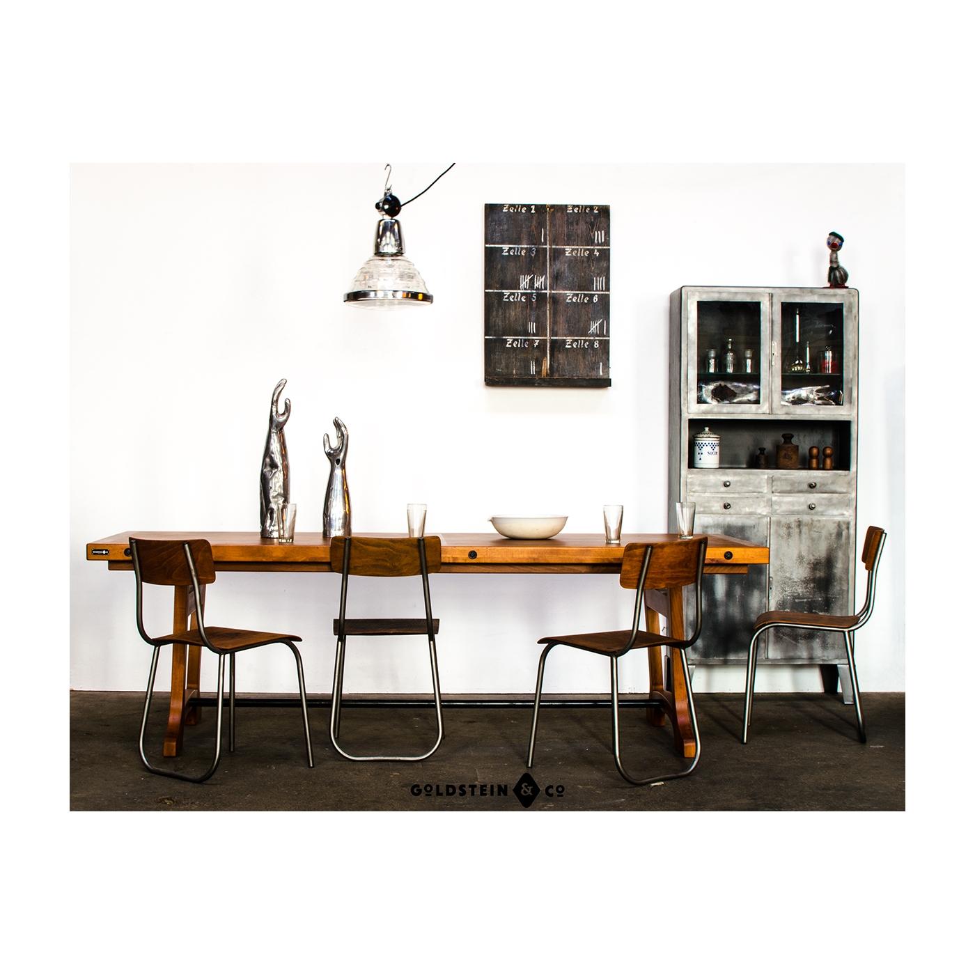 Massivholztisch mit industrieller sthetik for Esstisch industriestil