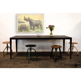 Stahltisch mit Linoleumplatte