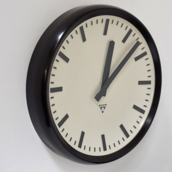 Bakelit Uhr von Pragotron