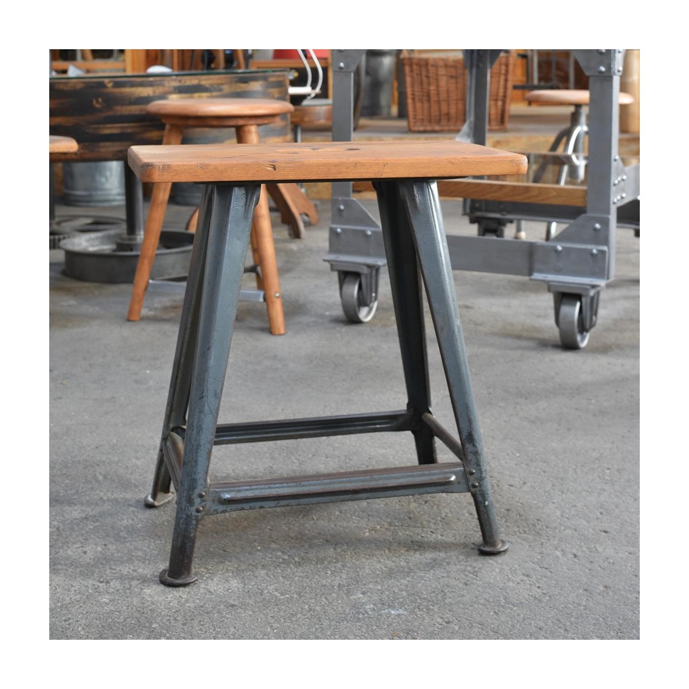 rowac werkstatthocker mit stahlgestell und original lack. Black Bedroom Furniture Sets. Home Design Ideas